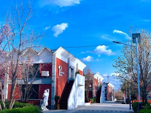 北京集训画室教学楼和宿舍
